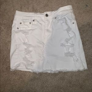 American eagle white ripped skirt